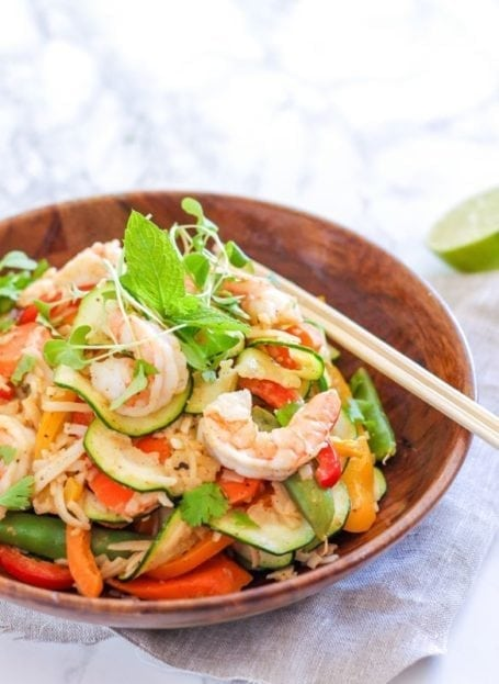 Sesame Shrimp Noodle Stir Fry with Almond Ginger Sauce || gluten-free, pescetarian, dairy-free || My Fresh Perspective || #glutenfree #dairyfree #shrimp #stirfry #cleaneating