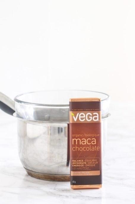 6-Ingredient Matcha Mint Dark Chocolate Cups    vegan + nut-free    Eat Spin Run Repeat
