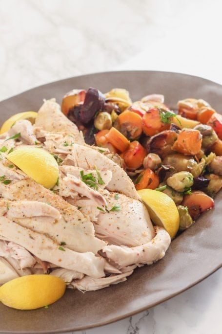 Easy Slow Cooker Lemon Herb Chicken and Vegetables || paleo, GF, DF, delicious! || Eat Spin Run Repeat