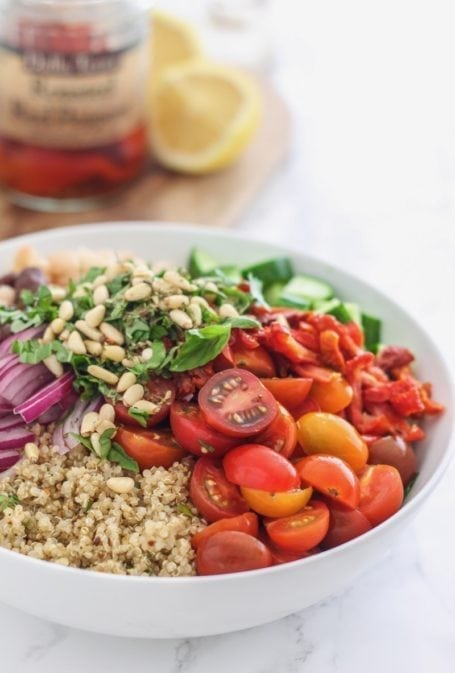 Tuscan Bean and Quinoa Salad || vegan, gluten free, perfect for big-batch healthy meal prep || Eat Spin Run Repeat