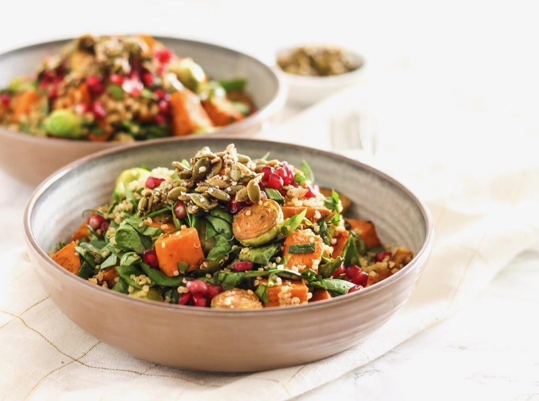 Fall Gratitude Quinoa Salad with Maple Seed Clusters || #vegan #antiinflammatory #glutenfree || Eat Spin Run Repeat