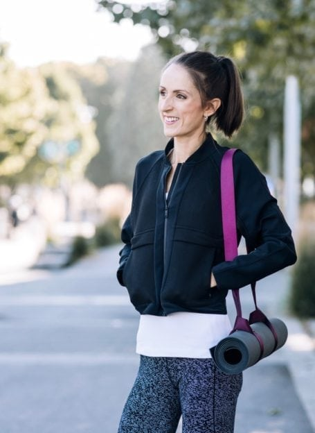 Your must-have holiday SOS #Detox guide    The plan, what to avoid and what to eat to stimulate #digestion and encourage removal of toxins.    Eat Spin Run Repeat