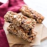 No-Bake Almond Chocolate Chunk Granola Bars    #vegan #glutenfree    Eat Spin Run Repeat