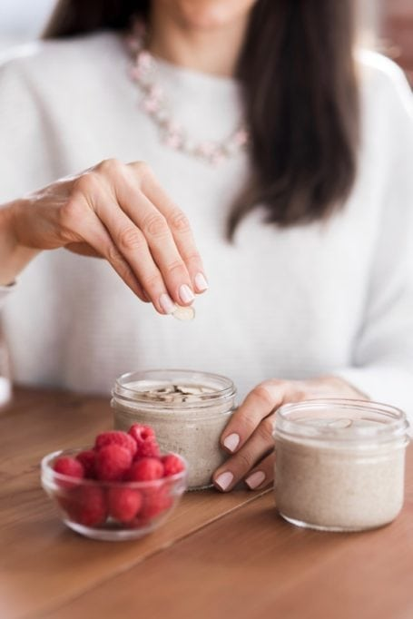 Raspberry Almond Coconut Chia Pudding   a low-sugar, vegan + paleo, high-fiber recipe to improve digestion, hydrate the skin and fight inflammation   Angela Simpson, Eat Spin Run Repeat   #antiinflammatory #chia #glutenfree #dairyfree #paleo