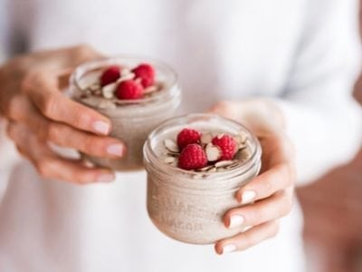 Raspberry Almond Coconut Chia Pudding | a low-sugar, vegan + paleo, high-fiber recipe to improve digestion, hydrate the skin and fight inflammation | Angela Simpson, Eat Spin Run Repeat | #antiinflammatory #chia #glutenfree #dairyfree #paleo