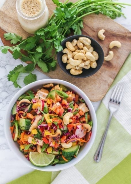 Crunchy Thai Quinoa Salad with Red Curry Chicken   A healthy lunch recipe perfect for big batch meal prep, high in protein and full of bright colourful veggies!   #glutenfree #mealprep #healthy #eatclean   Eat Spin Run Repeat