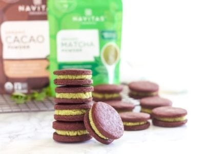 Matcha Mint Chocolate Cookie Sandwiches | Kinda like a mint Oreo, but loaded with antioxidants and much better for you! | Angela Simpson, My Fresh Perspective | #vegan #glutenfree #refinedsugarfree #matcha