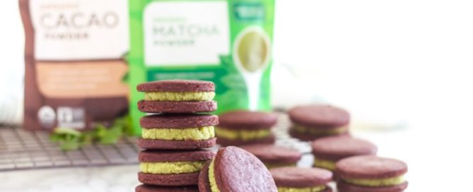 Matcha Mint Chocolate Cookie Sandwiches | Kinda like a mint Oreo, but loaded with antioxidants and much better for you! | Angela Simpson, Eat Spin Run Repeat | #vegan #glutenfree #refinedsugarfree #matcha