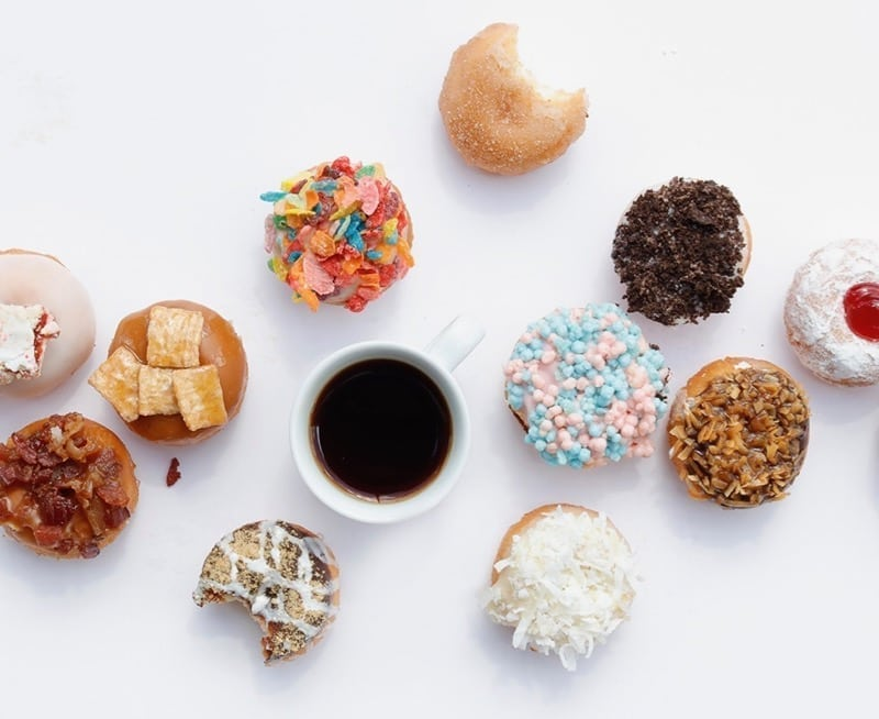 My trick for stopping sugar cravings before they start | Angela Simpson, culinary nutrition expert + holistic wellness coach | #sugarfree #sugardetox