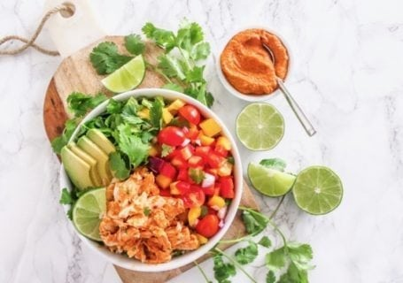 Big batch meal prep: Chipotle Chicken Buddha Bowl   Angela Simpson, Eat Spin Run Repeat   #paleo #cleaneating #avocado #glutenfree