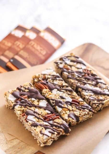 Full of nuts and seeds (and plenty of healthy fats!) these Maca Cashew Coconut Trail Mix Bars are a delicious rest stop treat when you're on a hike (or just in need of a quick and healthy snack!) | Angela Simpson, Eat Spin Run Repeat | #glutenfree #chocolate #vegan