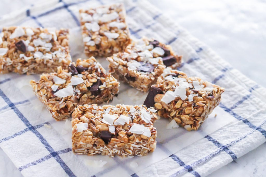 Coconut Chocolate Chunk Granola Bars | gluten-free, vegan and loaded with gorgeous dark chocolate chunks for the ultimate on-the-go healthy snack! | My Fresh Perspective | #glutenfree #dairyfree #vegan #eatclean