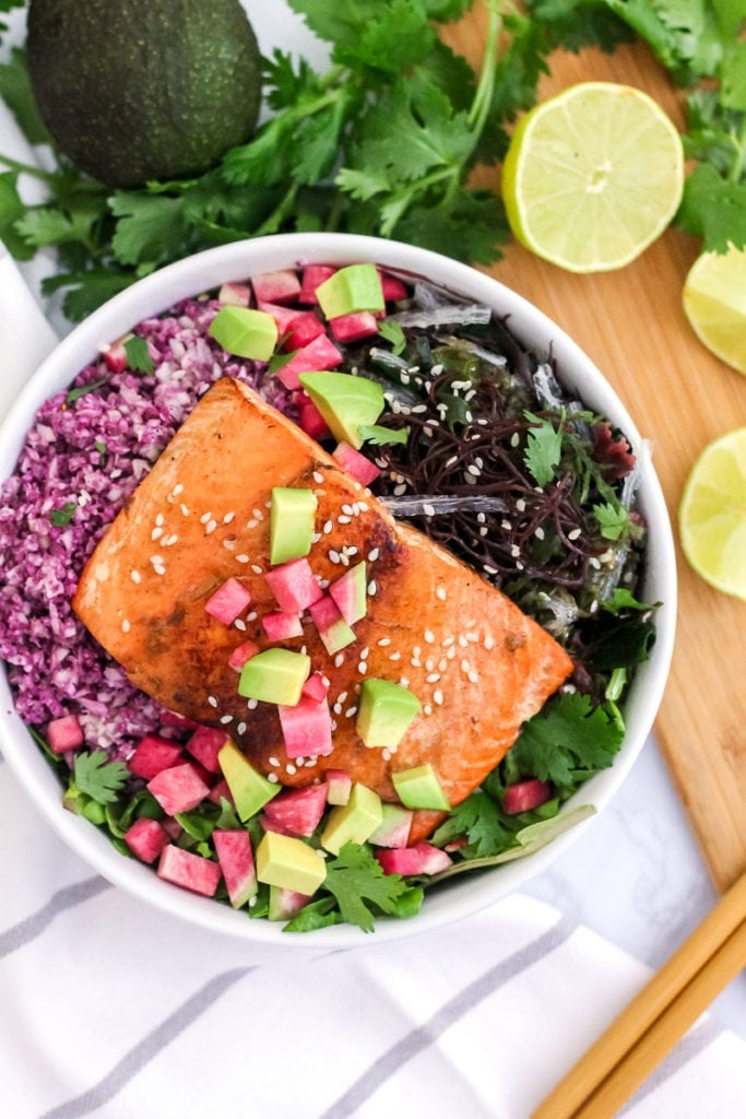 Sesame Ginger Salmon Sushi Bowls | full of anti-inflammatory ingredients and healthy fats, this might be your next favourite dinner! | My Fresh Perspective | #paleo #grainfree #glutenfree #whole30