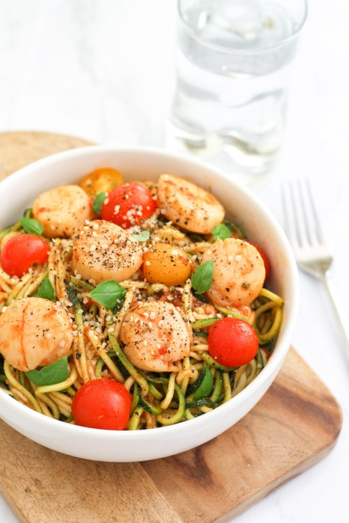 15-Minute Scallops and Zucchini Noodle Marinara || High in protein, low in carbs, and paleo-approved, this is a super easy, speedy dinner to prepare as a weeknight meal || My Fresh Perspective || #paleo #sugardetox #spiralizer #cleaneating #glutenfree #zoodles