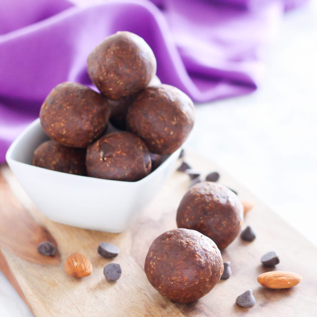Almond Mocha Chip Protein Bites | Easy No-Bake Protein Bites, 5 Ways with vegan and paleo variations! | My Fresh Perspective | #glutenfree #dairyfree #vegan #vegetarian #paleo