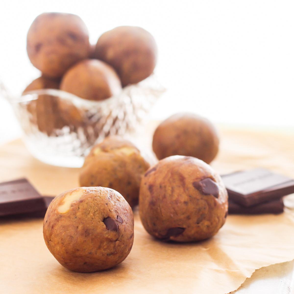 Walnut Dark Chocolate Chunk Protein Bites | Easy No-Bake Protein Bites, 5 Ways with vegan and paleo variations! | My Fresh Perspective | #glutenfree #dairyfree #vegan #vegetarian #paleo
