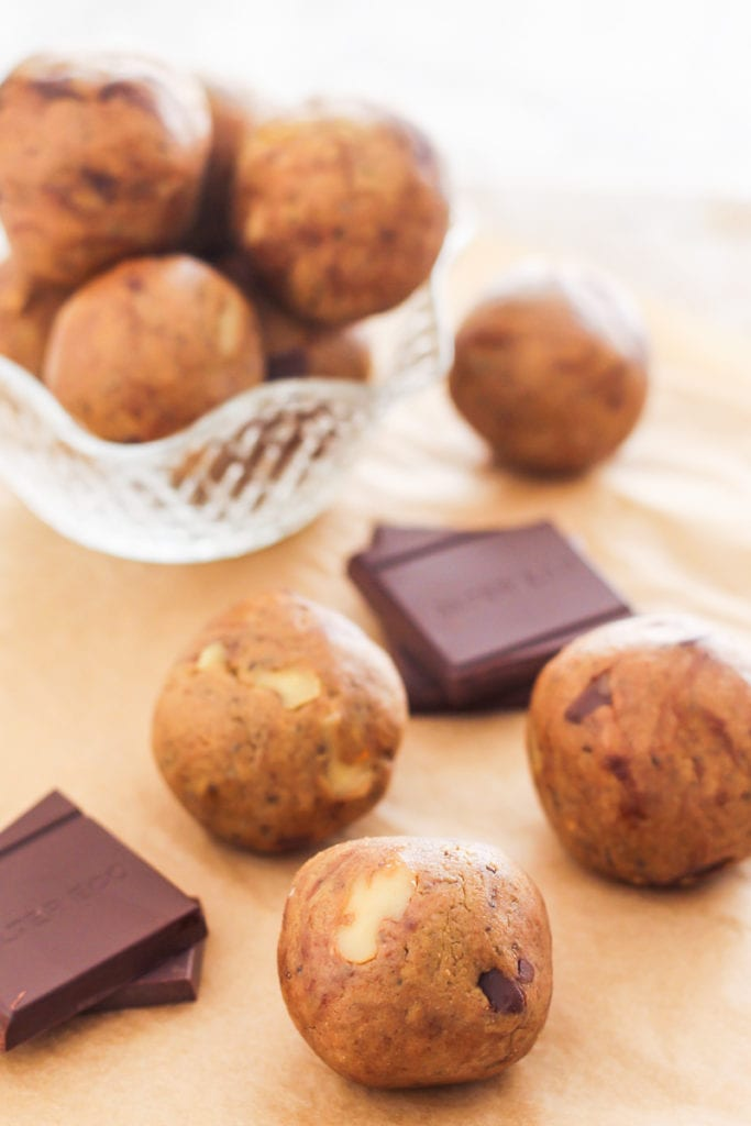 Walnut Dark Chocolate Chunk Protein Bites | Easy No-Bake Protein Bites, 5 Ways with vegan and paleo variations! | My Fresh Perspective | #glutenfree #dairyfree #vegan #vegetarian #paleo