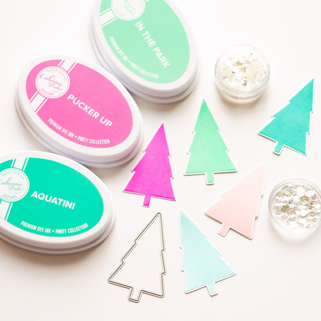 Oh What Fun Pop-Up Card - Essentials by Ellen Holiday Release GWP